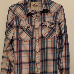 Holister flannel top size large